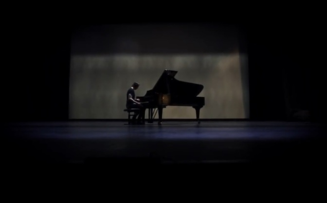 """Autumn Leaves"": Creative Orchestral Short Film By Jon Sandersen (2014)"