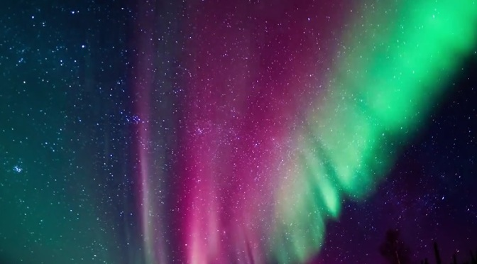 """Technicolour Alaska"": Time-Lapse Short Film Of Alaskan Northern Lights From Alexis Coram (2014)"