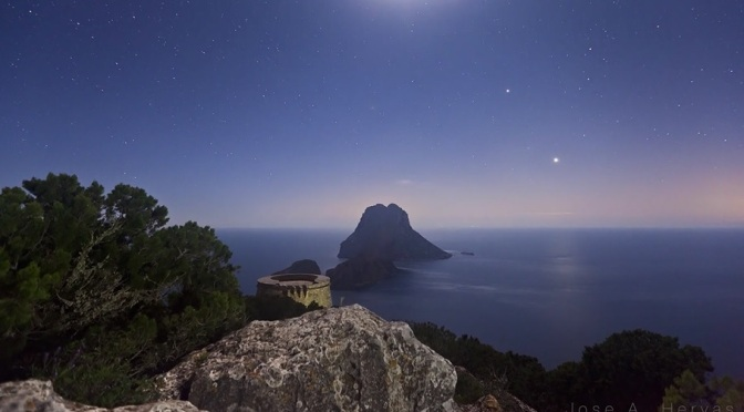 """Ibiza Lights II"": A Cinematic Time-Lapse Short Film On The Mediterranean Island By José A. Hervas (2012)"