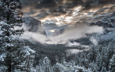 120 Hours in Yosemite Valley Cinematic Time-Lapse Short Film Directed by AJ Marino