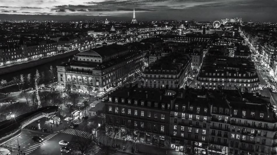 paris-noir-cinematic-time-lapse-short-film-directed-by-benjamin-trancart-2017